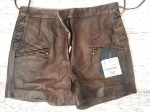 Leder Shorts im Taupe