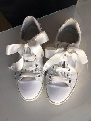 Leder Sneakers mit Perlen weiß 38