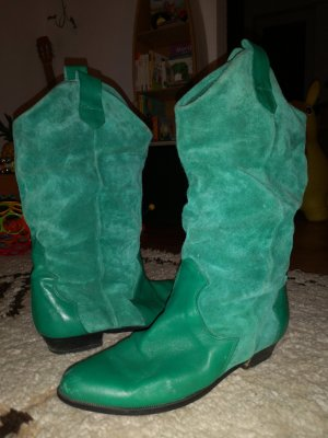 Wide Calf Boots green-grass green
