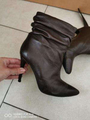 High Heel Boots dark brown