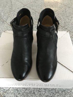 Geox Cut out boots zwart