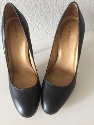 Leder Stiletto schwarz 1 mal getragen