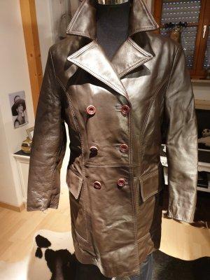 0039 Italy Abrigo de cuero marrón oscuro