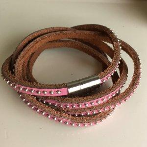 LEDER WICKEL ARMBAND rosa mit NIETEN silber