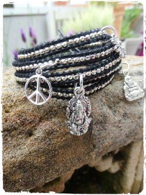 Bracelet en cuir noir-argenté cuir