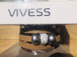 Bracelet en cuir beige-argenté