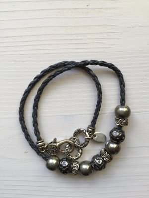 Lederarmband von S.Oliver, anthrazit mit Beads in anthrazit und silber
