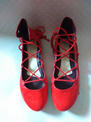 Lederballerina Die Roten Schuhe