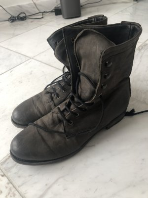Boots black brown leather