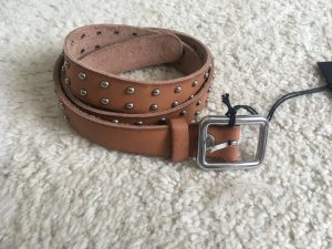 Closed Leather Belt light brown