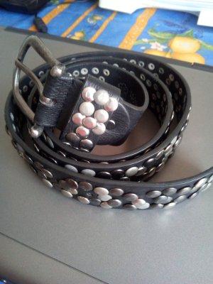 Ledergürtel schwarz mit Nieten