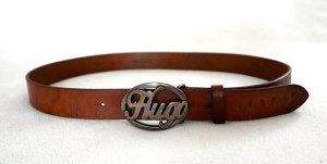 Ledergürtel von HUGO BOSS mit retro Schnalle