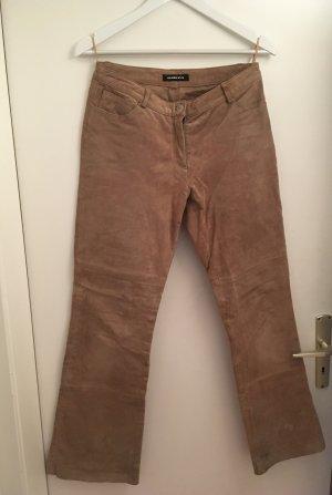Lederhose (Gr. 38) mit leicht ausgestellten Beinen