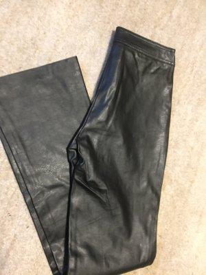 Lederhose Imitat in schwarz
