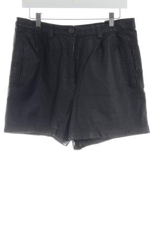 Lederhose schwarz schlichter Stil