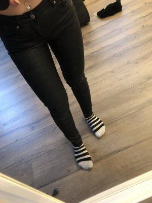 H&M Low-Rise Trousers black