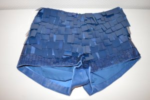 Lederimitat Hot Pants mit Pailletten in blau