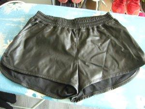 Lederimitat Shorts schwarz H&M XS 34