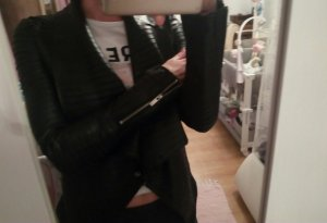 Amisu Veste courte noir polyester