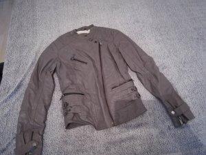Bershka Veste en cuir synthétique argenté-blanc cassé faux cuir