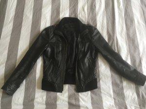 Lederjacke aus Zara 34/36