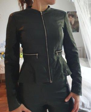 Lederjacke mit Schösschen von Zara