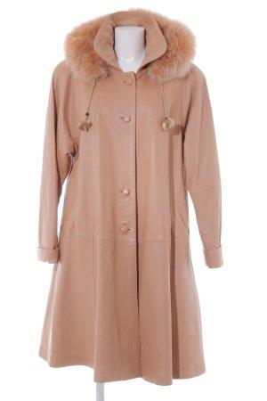 Abrigo de cuero nude-albaricoque estilo clásico