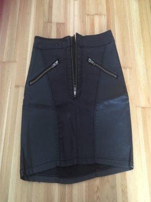 Ledermixrock mit Reißverschlüssen von H&M
