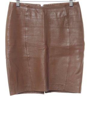 Falda de cuero marrón estilo «business»