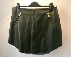 Zara Basic Falda de cuero verde bosque-color oro