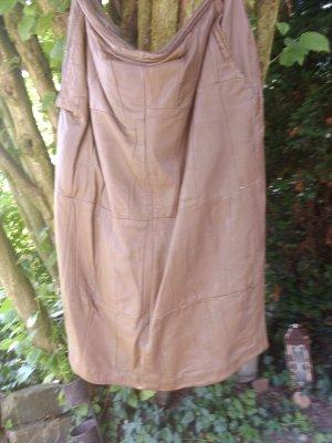 Falda de cuero marrón claro-marrón arena Cuero