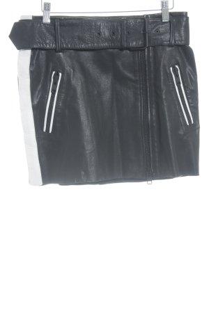 Falda de cuero negro-blanco look Street-Style