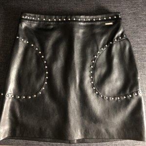 Guess Falda de cuero negro-color plata