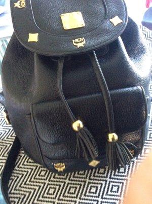 Lederrucksack von mcm in schwarz