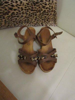 Sandales à plateforme marron clair-noir
