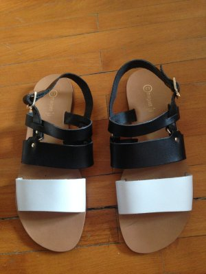 Strapped Sandals black-white leather