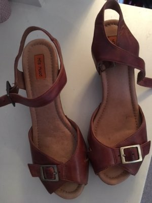 High-Heeled Sandals cognac-coloured leather