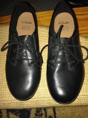 Lederschuhe von Clarks Gr. 37,5 schwarz
