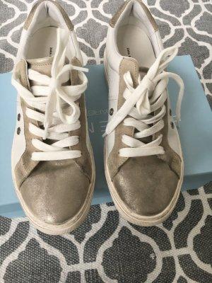 Ledersneaker im Used-Look