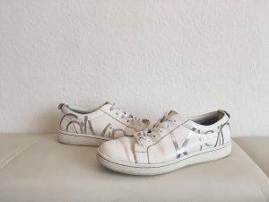 Ledersneakers mit Schriftzug