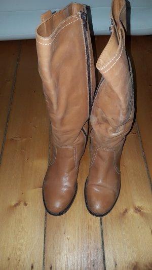 Esprit Laarzen met hak lichtbruin