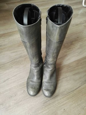 Lederstiefel im Used-Look