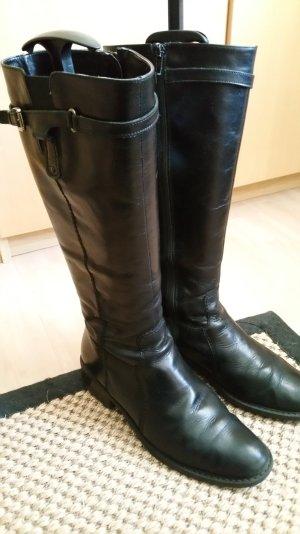 Lederstiefel in schwarz mit Seitenschnalle