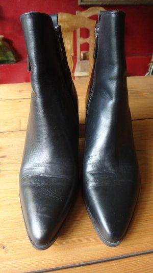 Zara Woman Zipper Booties black leather
