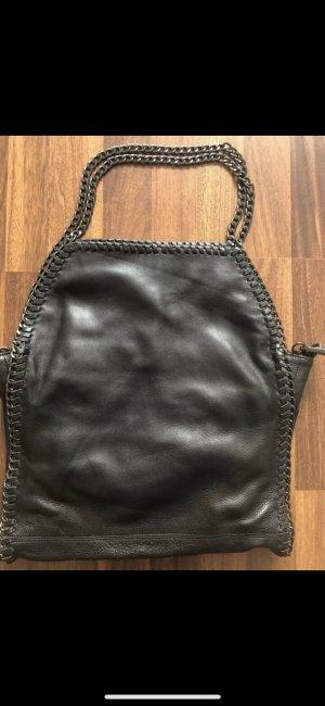 Ledertasche mit Ketten Handtasche