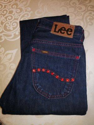 Lee  W28 L31