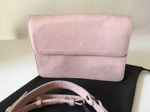 Legend Bag Clutch Leder rosé Schulterriemen