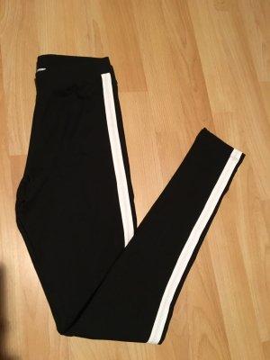 Leggings Pull&Bear schwarz mit weißen Streifen