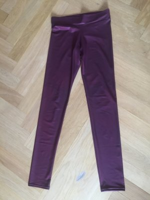 Leggins in dunkelroter Leder Optik