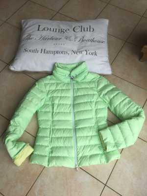 Leicht Daunen Jacke von Witty Knitters